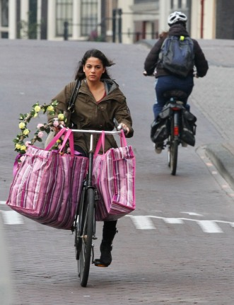 Amsterdam flower girl